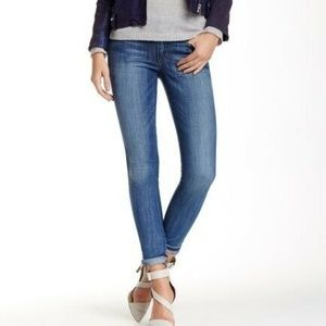 Joes 26 Mid Rise Skinny Jean Claudine Wash E3